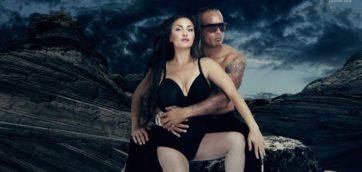 Les deux stars du showbiz posent nues pour Alternatives Economiques